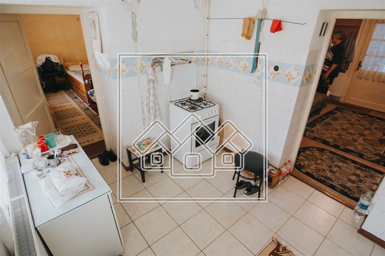 Apartament de vanzare in Sibiu - zona Balcescu- pretabil investie