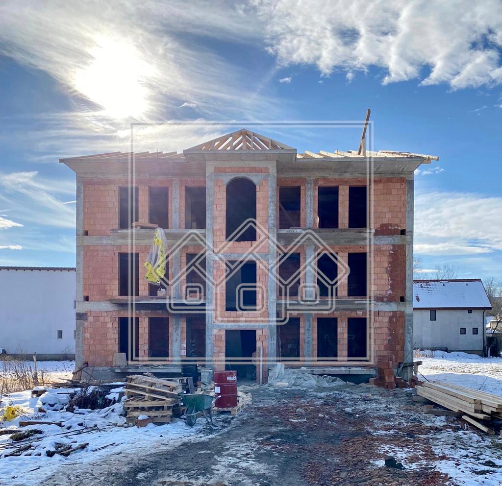 Apartament de vanzare in Sibiu -3 camere - La Cheie -Etaj 1 si Parcare