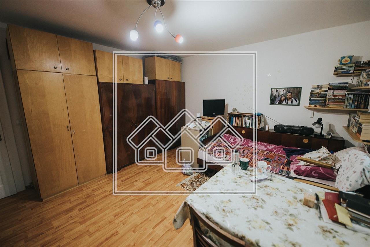 Casa de vanzare in Sibiu - Cisandie - duplex - 6 camere + pivnita