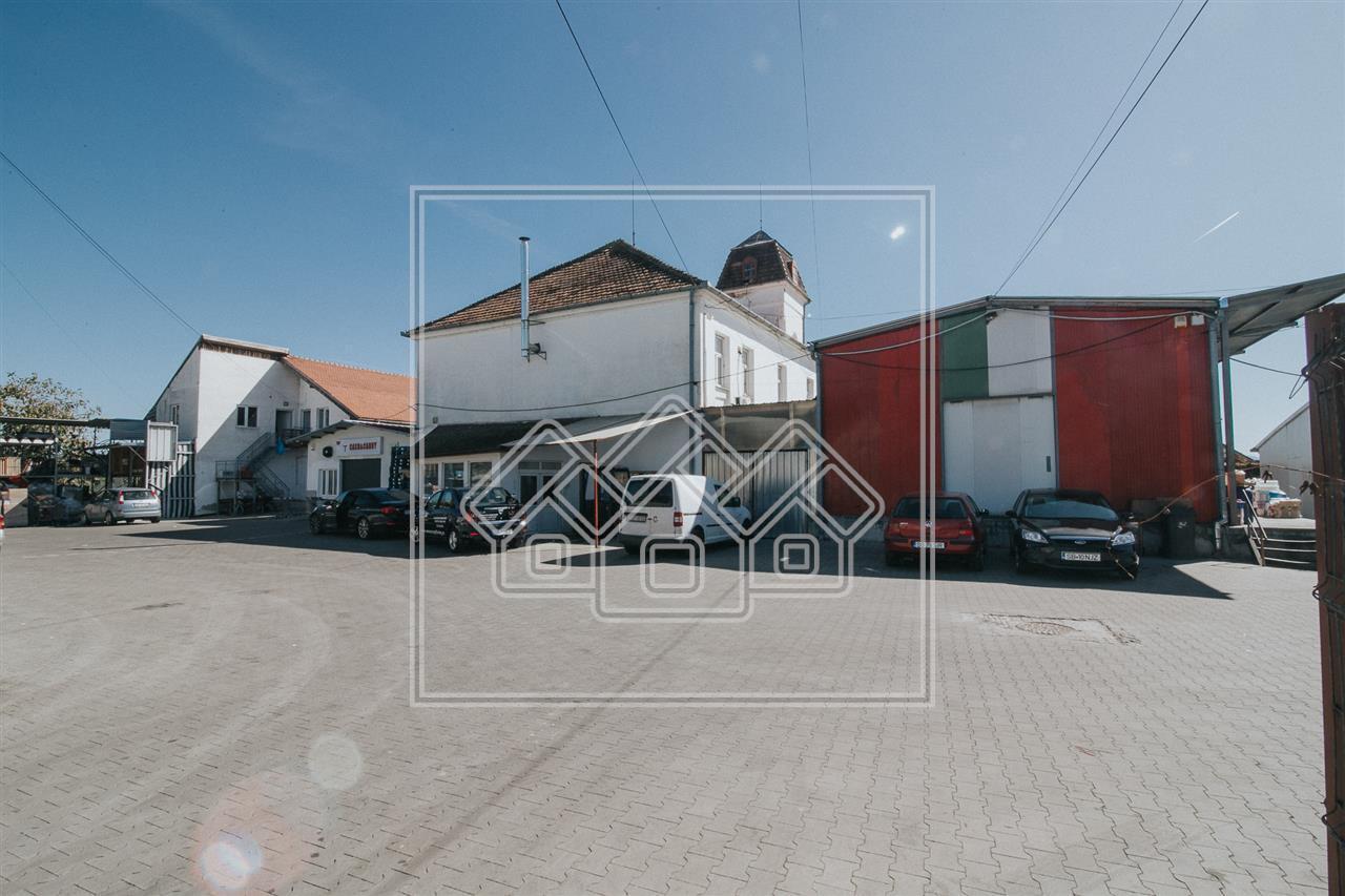 Spatiu comercial de vanzare in Sibiu, P+E+Pod, acces TIR