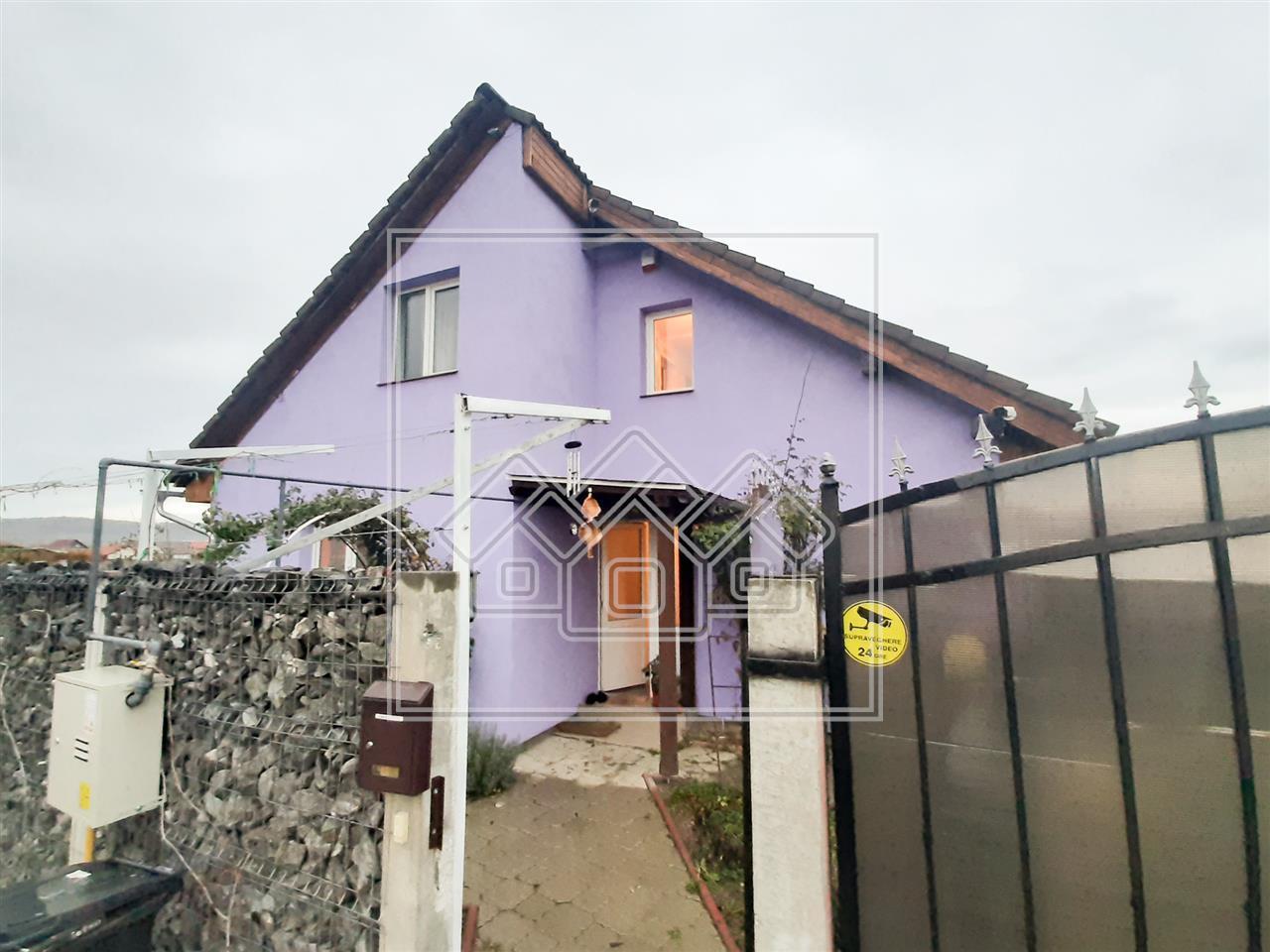 Casa de vanzare in Sibiu - 5 camere - Cristian