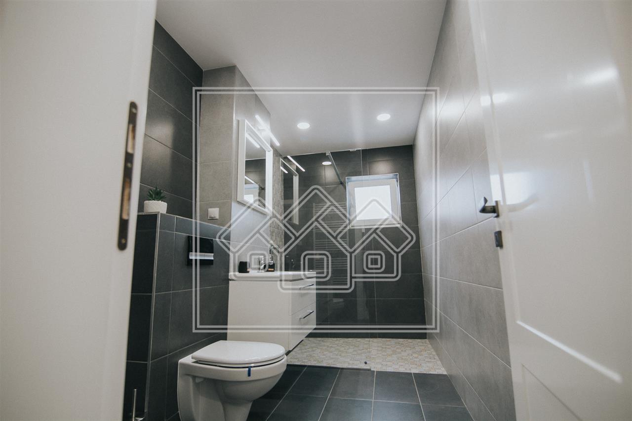 Apartament de inchiriat in Sibiu -3 camere- mobilat si utilat- P. Cluj