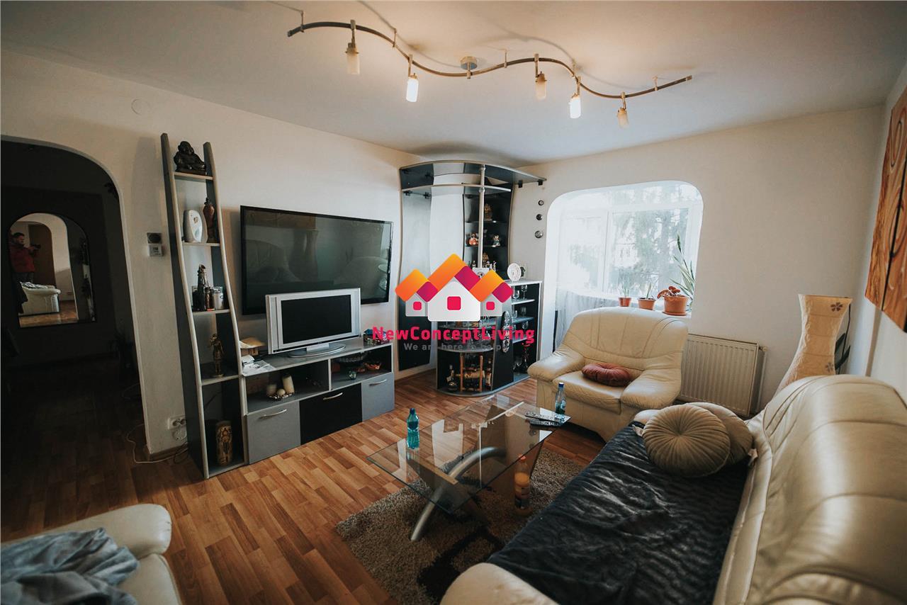 Apartament 3 camere de vanzare in Sibiu - zona Rahovei