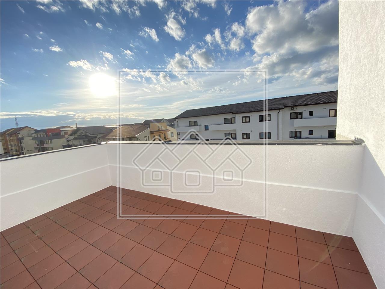 Penthouse de vanzare in Sibiu - mobilat si utilat modern -67 mp terasa