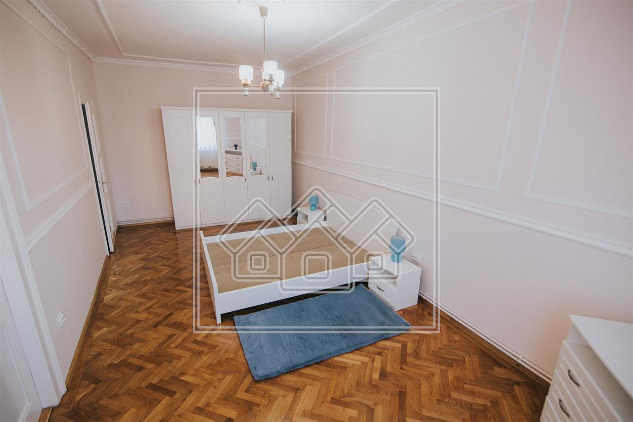 Apartament de inchiriat in Sibiu -La casa- Zona Centrala