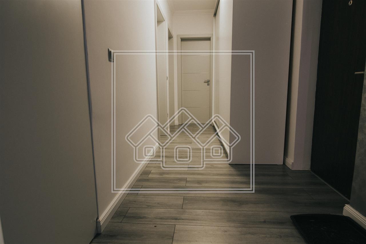Apartament de vanzare in Sibiu -3 camere - mobilat si utilat - Lazaret