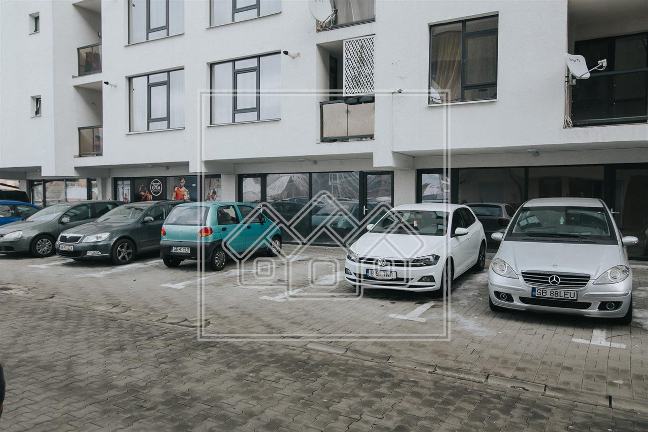 Spatiu de birouri de vanzare in Sibiu, imobil nou, parter