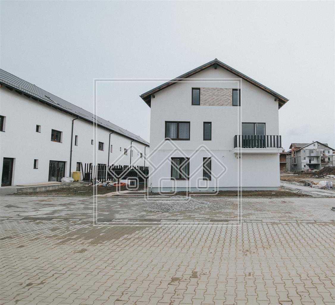 Garsoniera de vanzare in Sibiu, parter cu gradina 102 mp