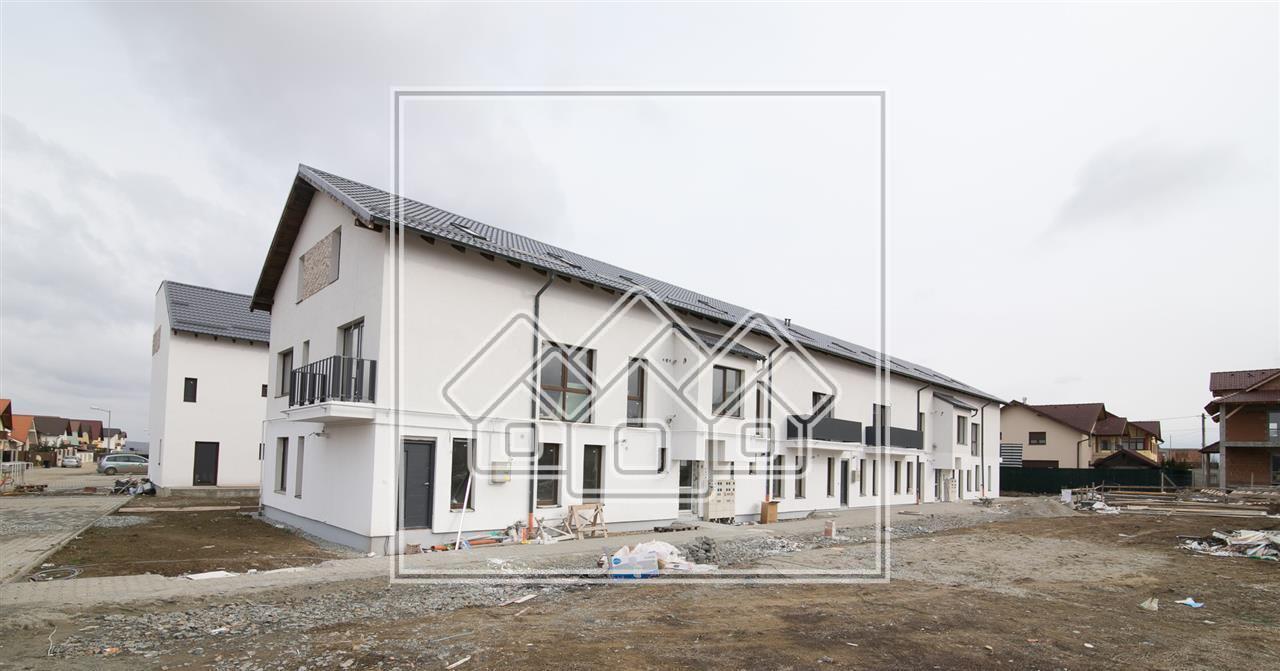 Apartament 2 camere de vanzare in Sibiu, parter cu gradina 105 mp