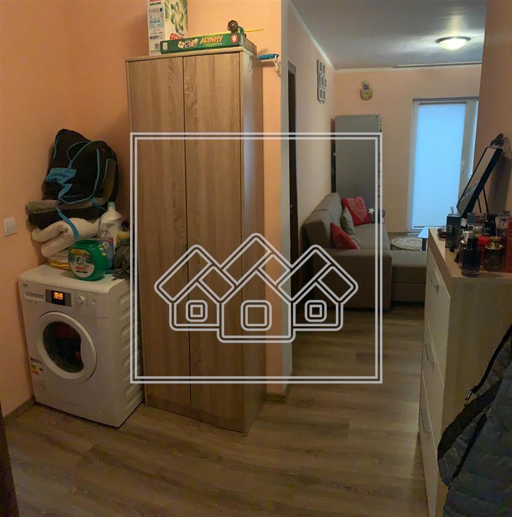 Apartament de inchiriat in Sibiu 3 camere la Etajul 1 Cu Terasa