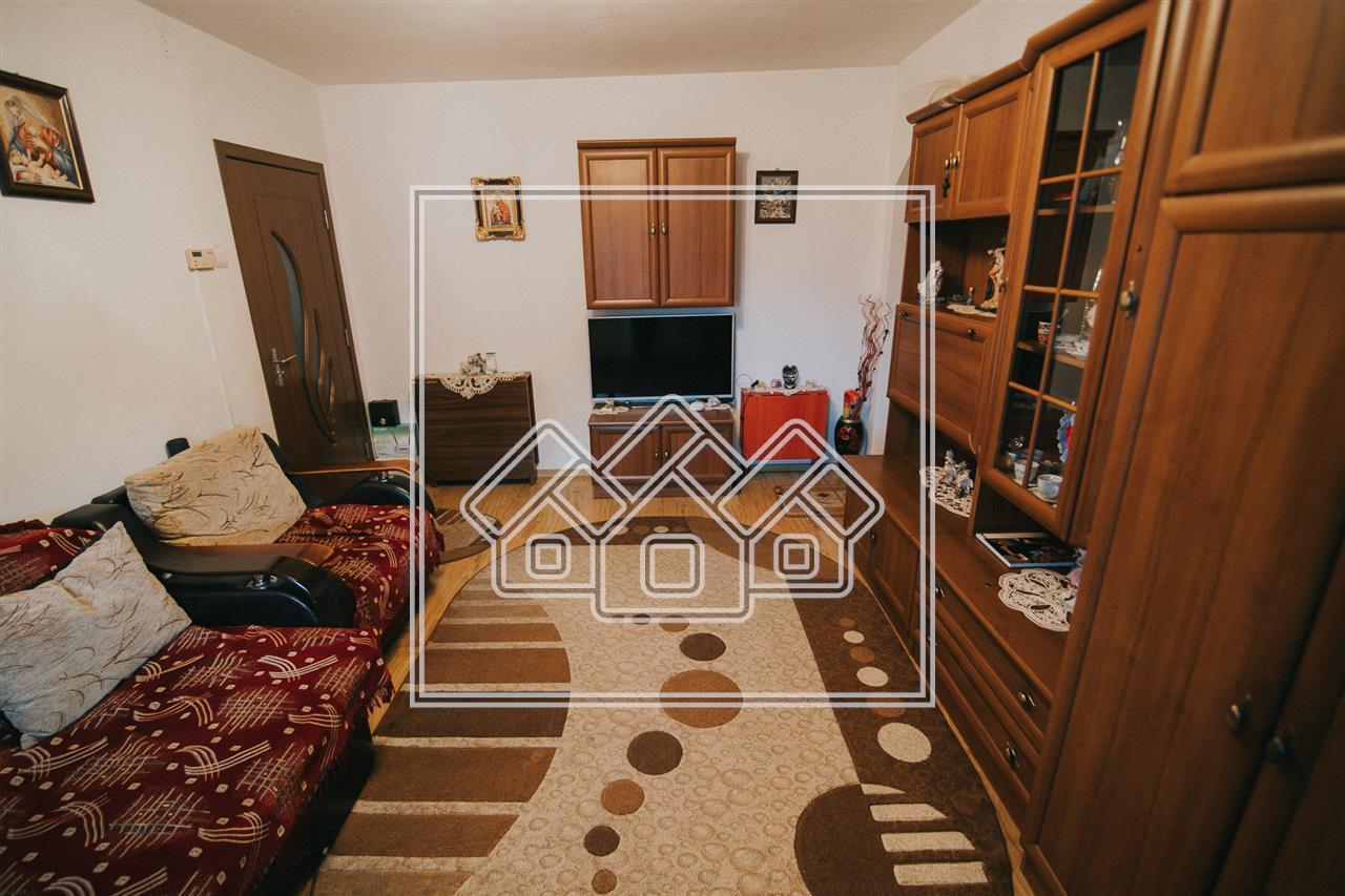 Apartament 2 camere de vanzare in Sibiu - mobilat si utilat