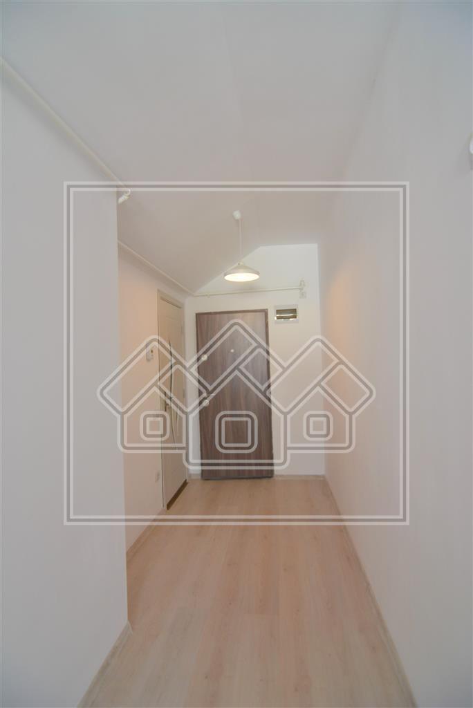 Apartament de vanzare in Sibiu - 3 camere finisat la cheie, 2 bai