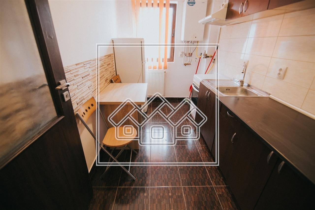 Apartament 2 camere de vanzare in Sibiu -recent renovat- Zona buna