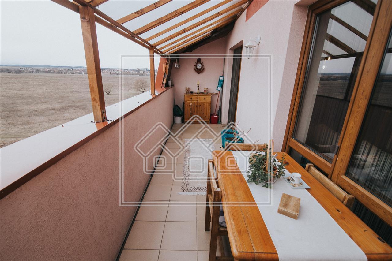 Apartament 3 camere de vanzare in Sibiu -mobilat si utilat modern-
