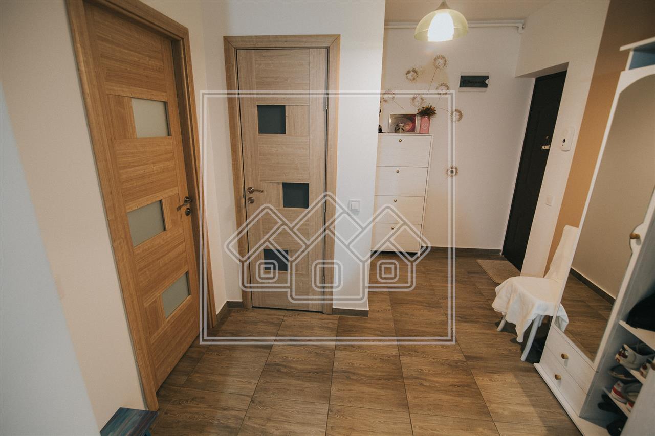 Apartament cu 3 camere de vanzare in Sibiu -etaj intermediar -Selimbar