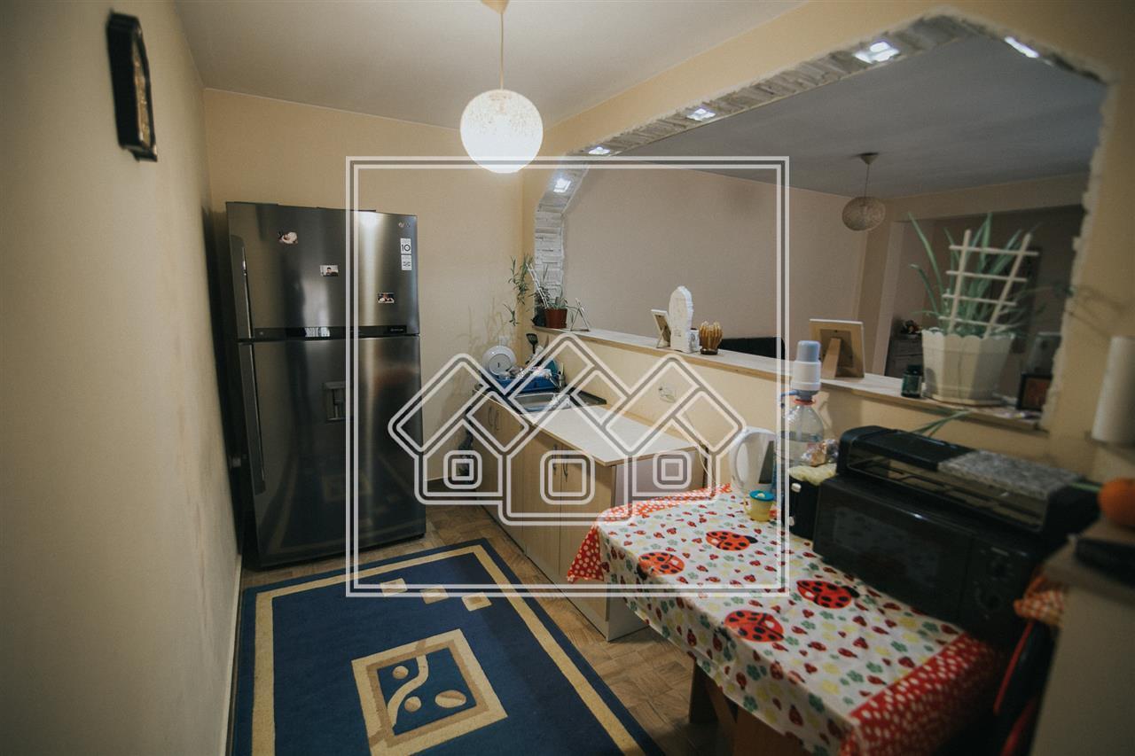 Casa 5 camere + bucatarie de vanzare in Sibiu - Zona Centrala
