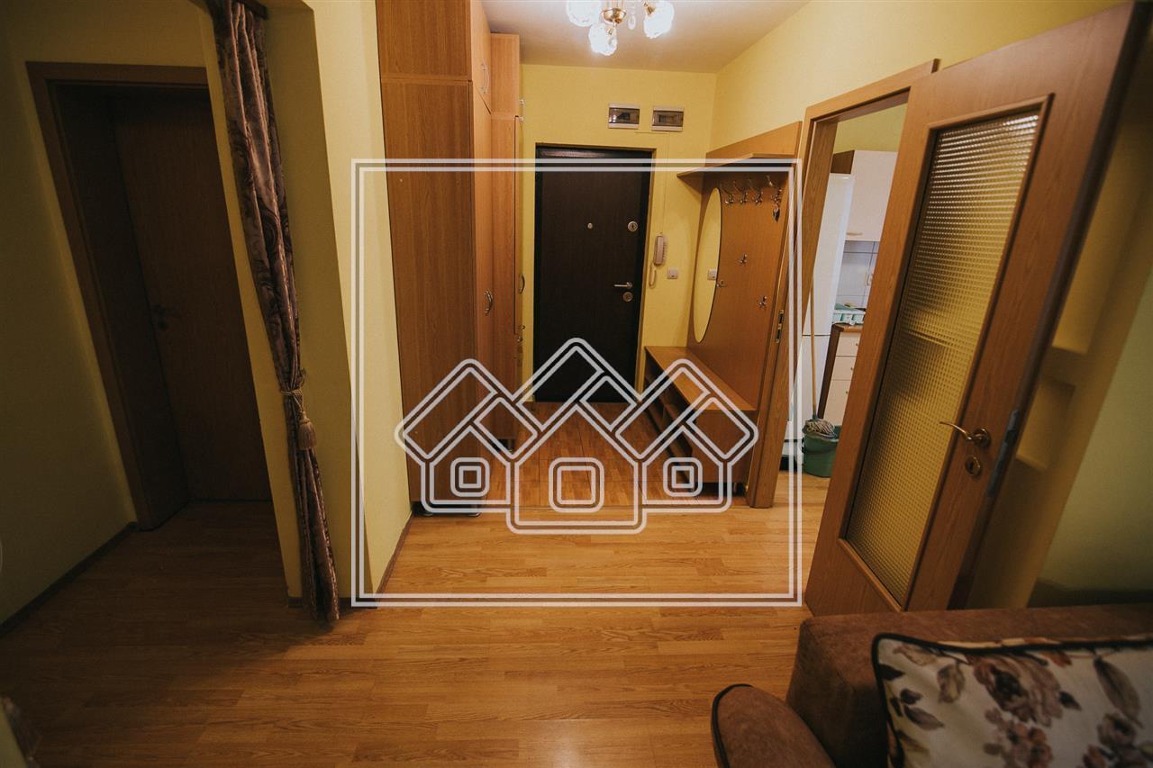 Apartament de inchiriat in Sibiu -3 camere cu balcon-mobilat si utilat