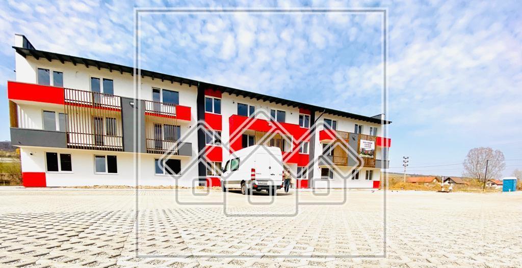 Garsoniera de vanzare in Sibiu (Cisnadie) -cu balcon - etaj 1 (R)