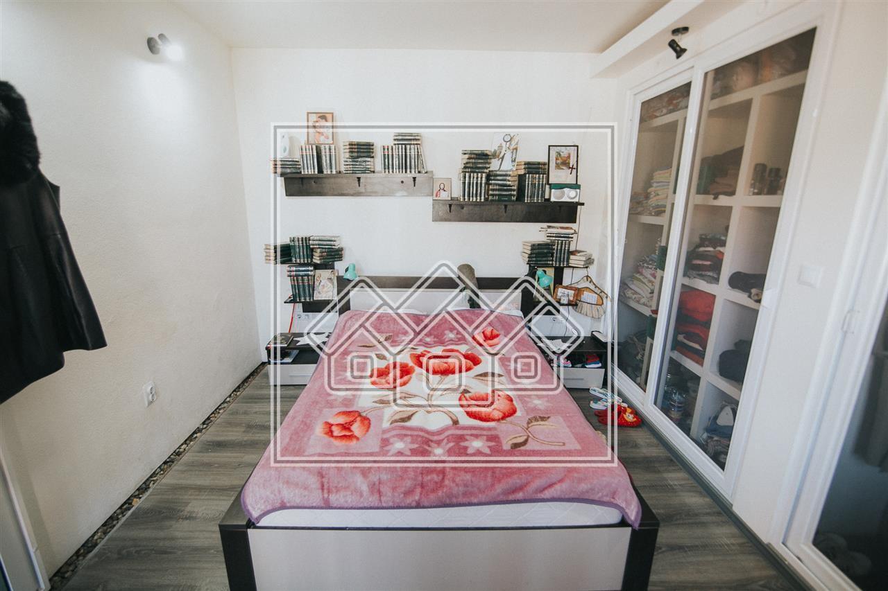 Apartament 3 camere de vanzare in Sibiu - la casa - zona istorica
