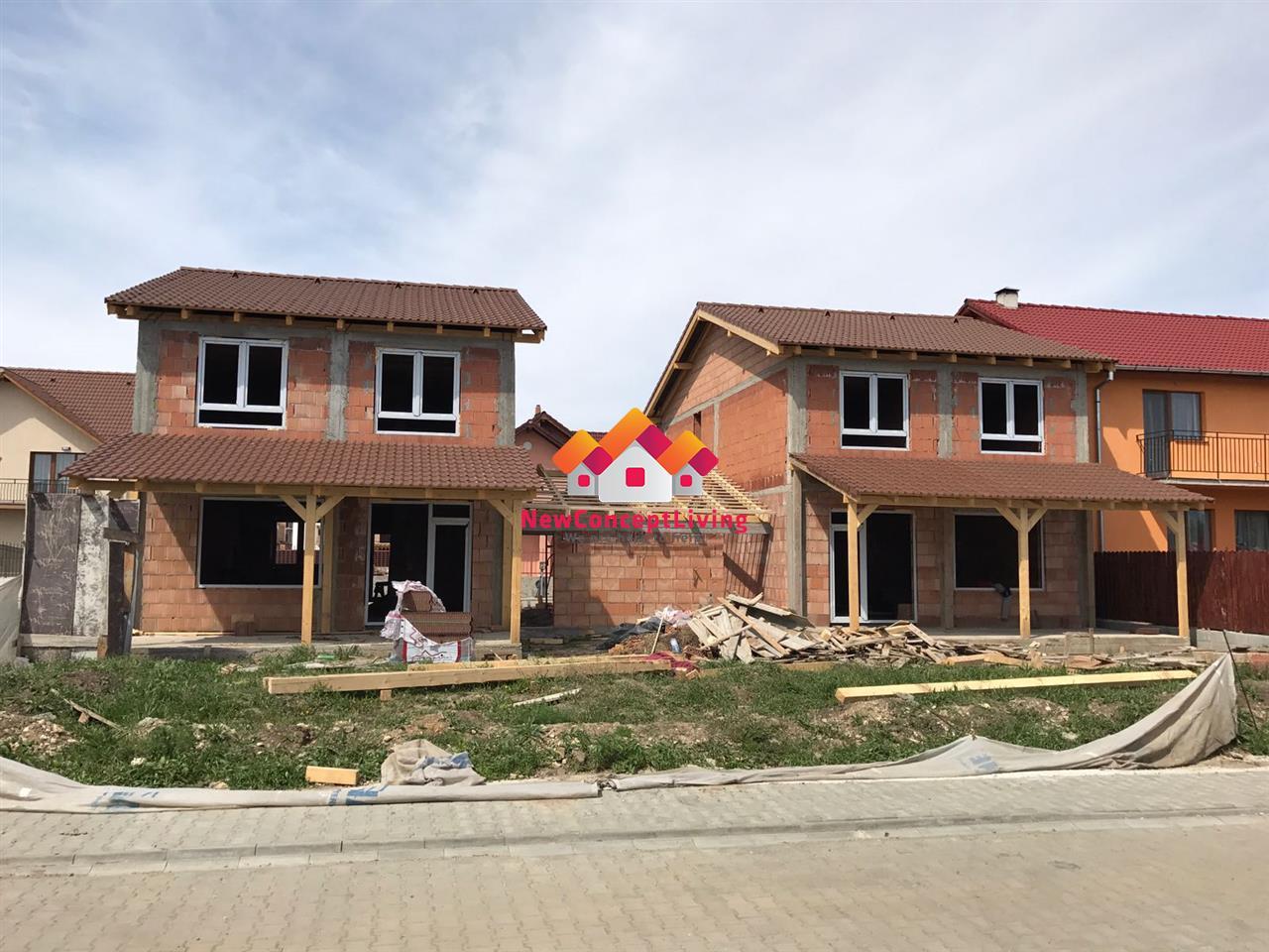 Casa Single de vanzare in Sibiu-Selimbar, strada asfaltata
