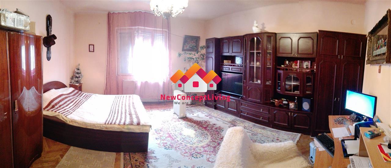 Casa de vanzare in Sibiu, zona centrala cu curte