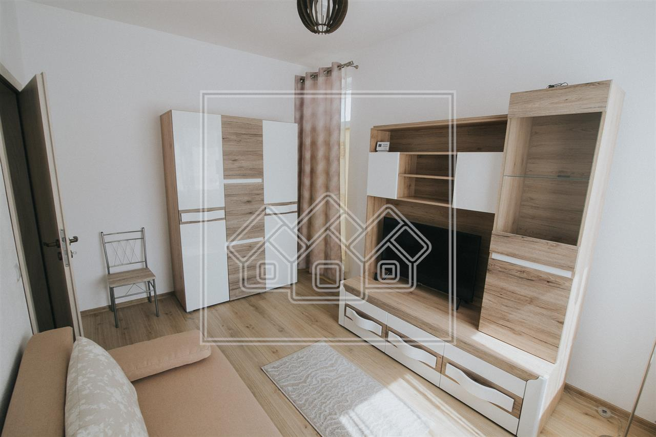 Garsoniera de inchiriat in Sibiu - mobilata si utilata - Piata Cluj
