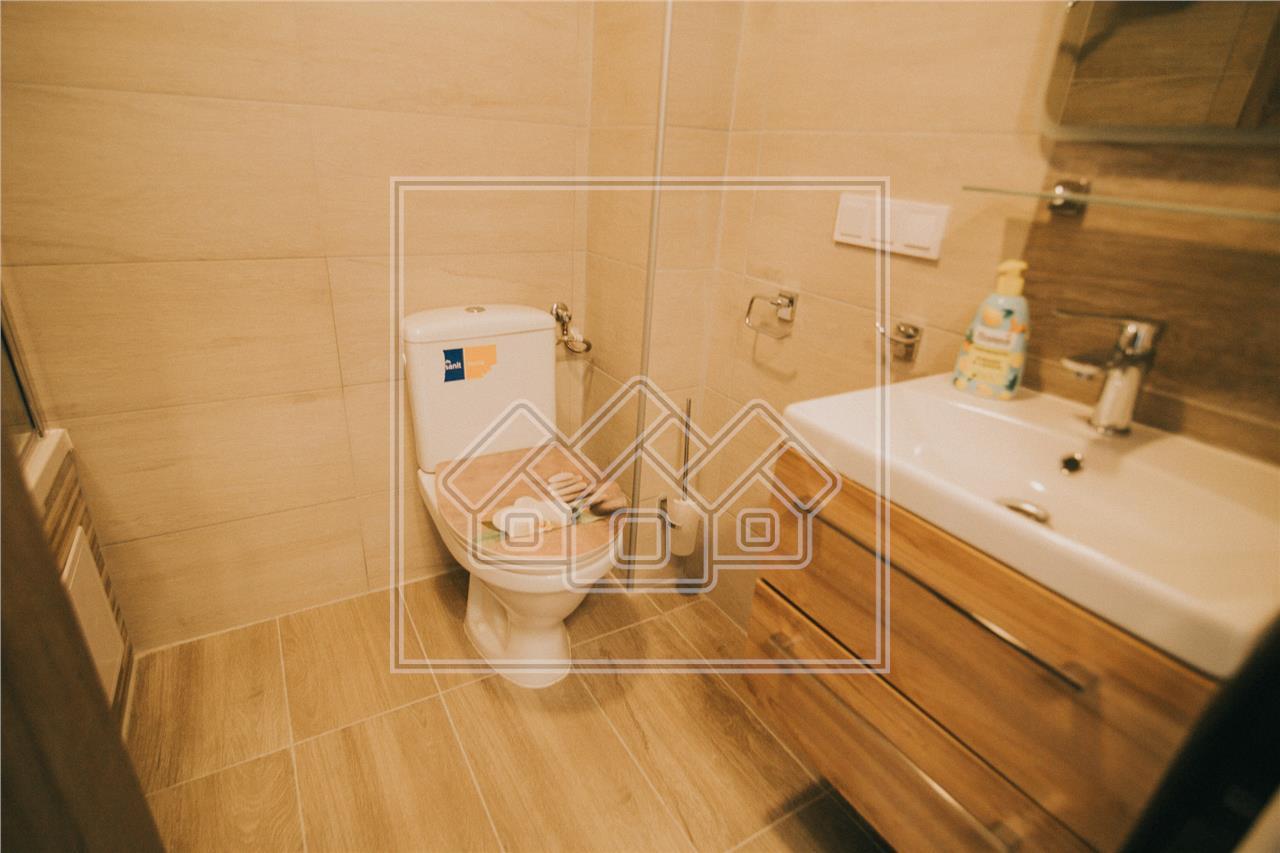 Apartament de vanzare in Sibiu -2 camere si balcon- mobilat si utilat