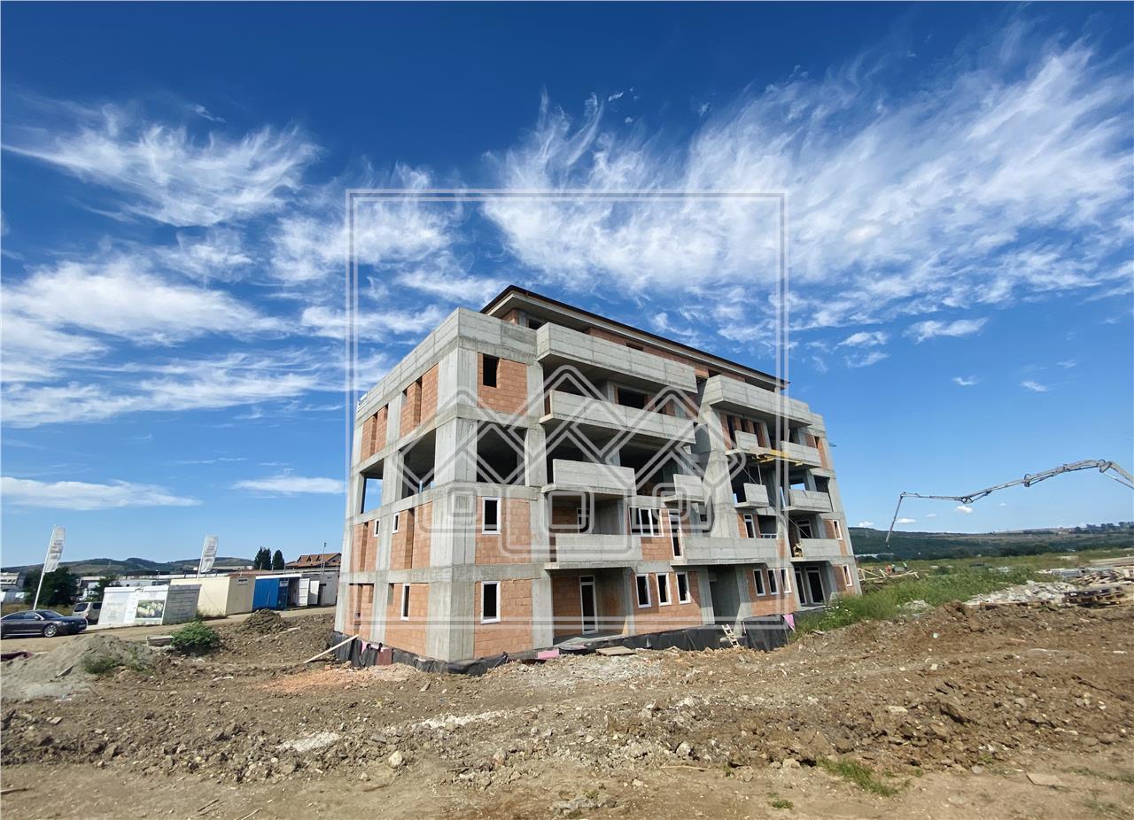 Garsoniera de vanzare in Sibiu -bucatarie separata-et.intermediar-lift