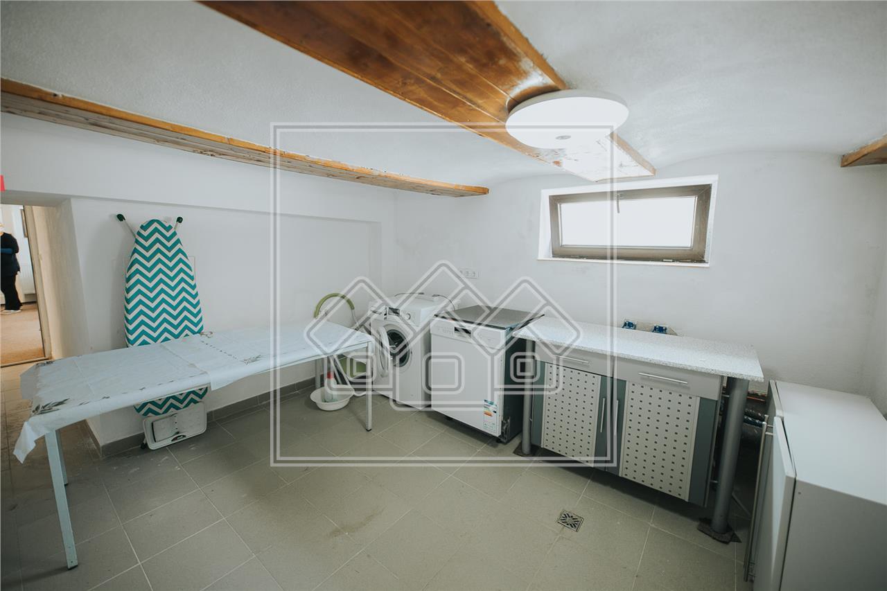 Casa de inchiriat in Sibiu - Parcul Sub Arini - curte individuala
