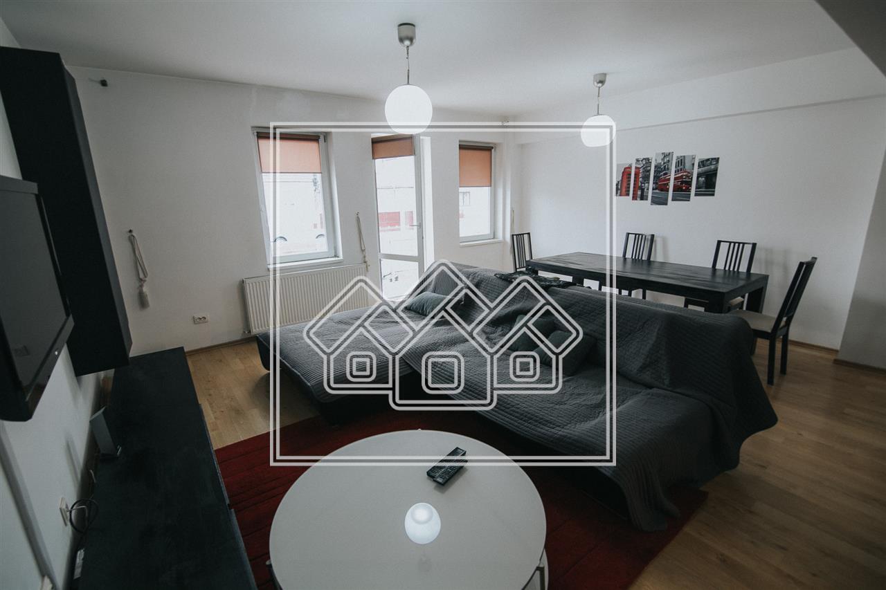 Apartament 3 camere de vanzare in Sibiu - decomandat - Strand