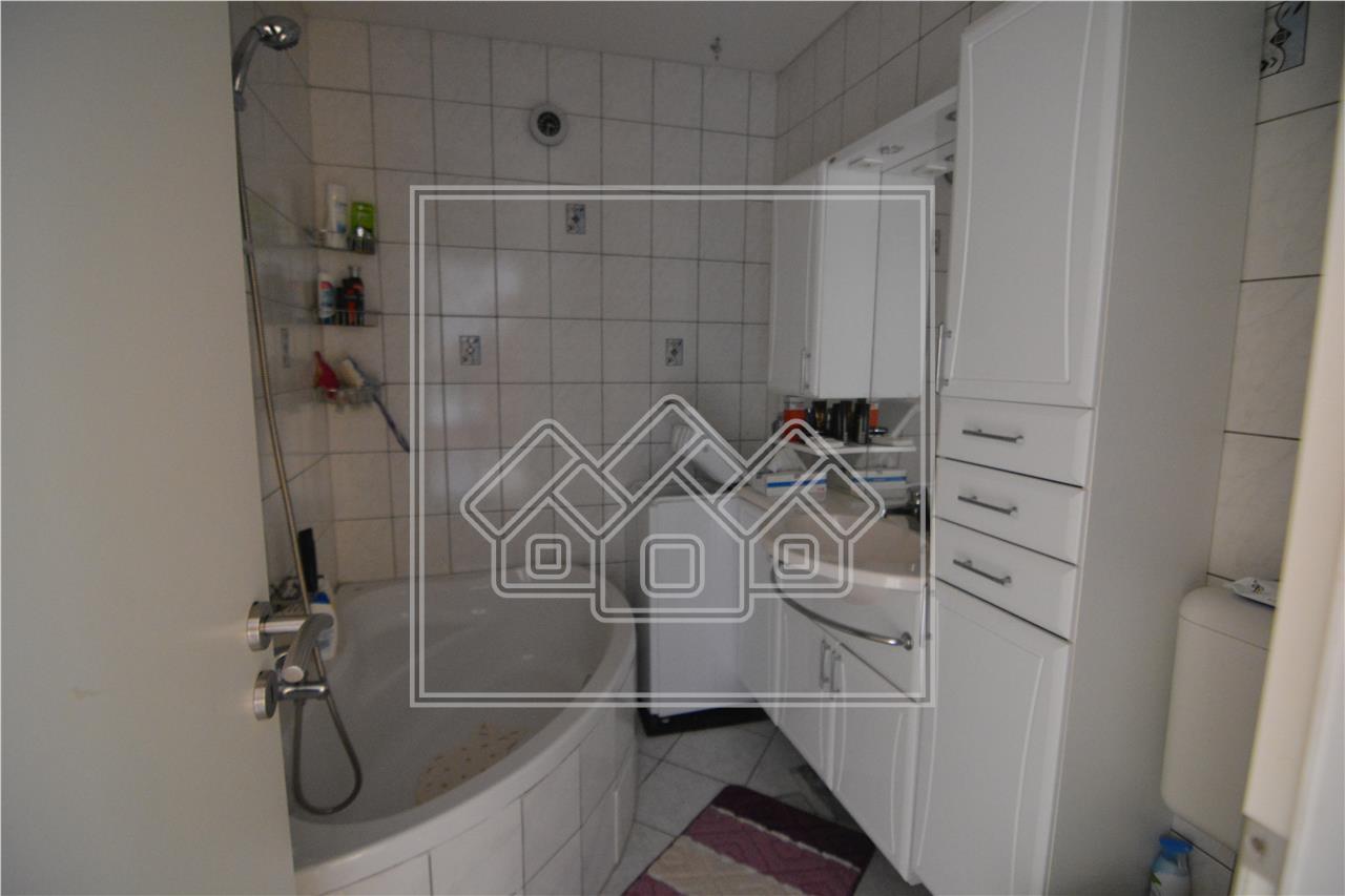 Apartament de vanzare 2 camere in Sibiu - Decomandat - zona centrala