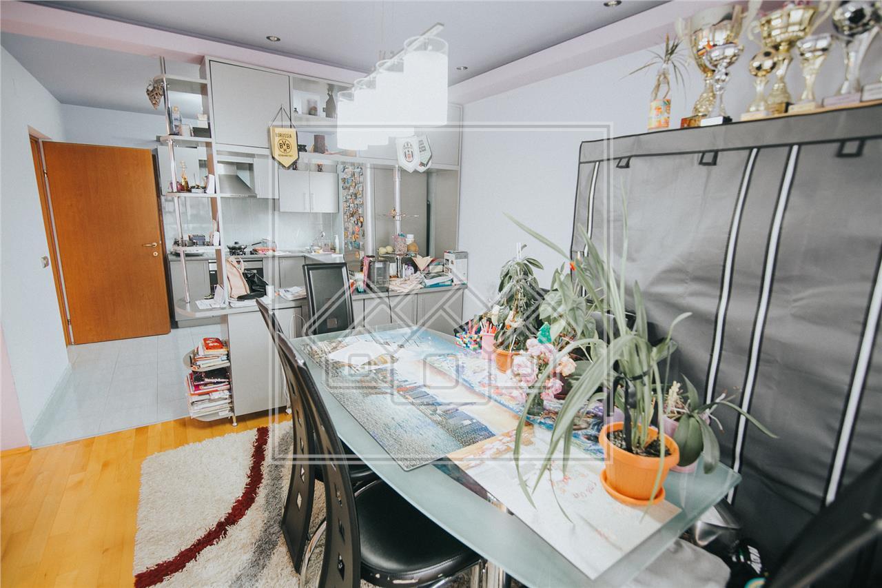 Apartament de vanzare in Sibiu -2 camere si 2 balcoane-