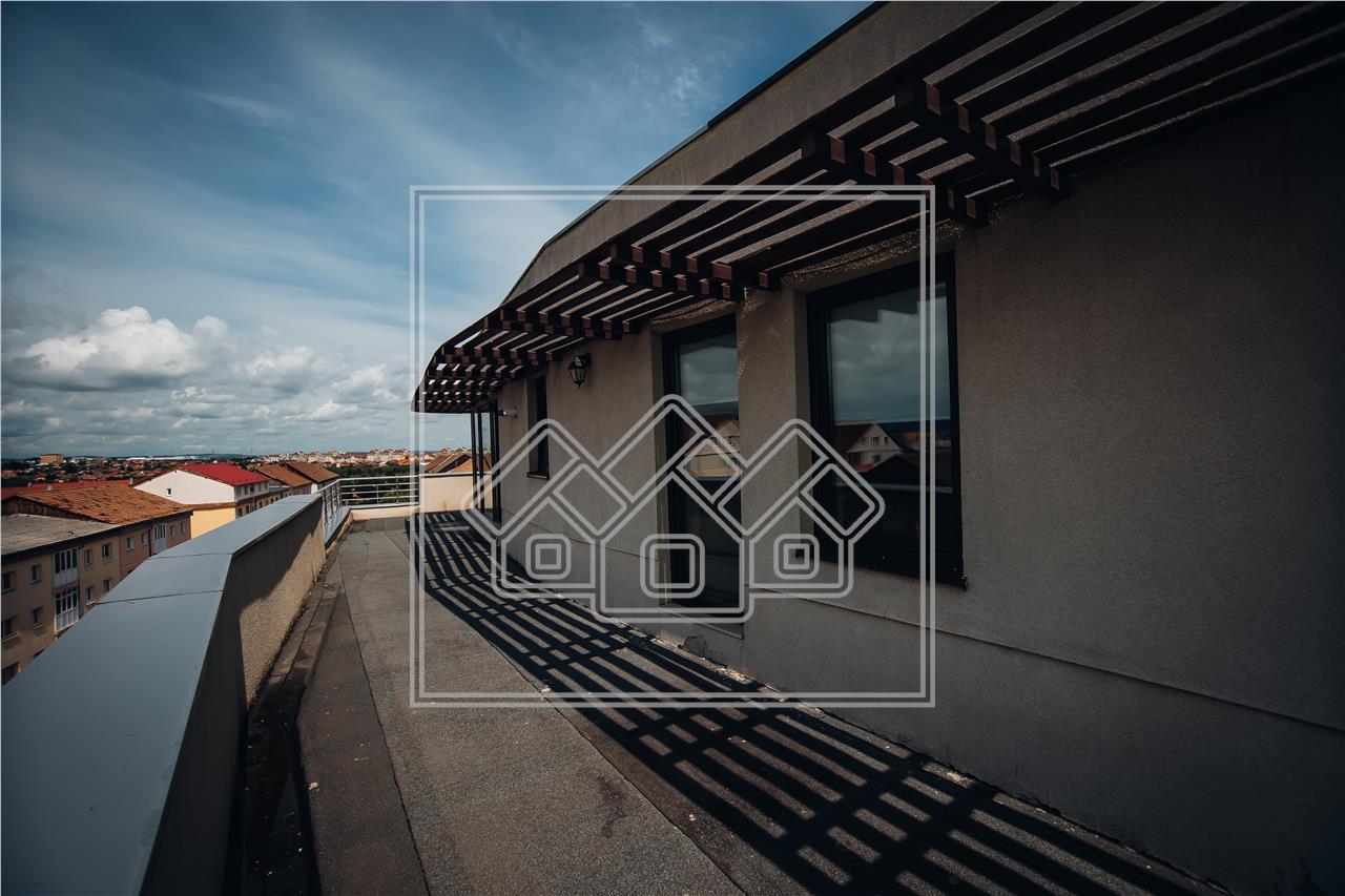 2 penthouseuri de vanzare - la cheie - cu terasa circulara si lift