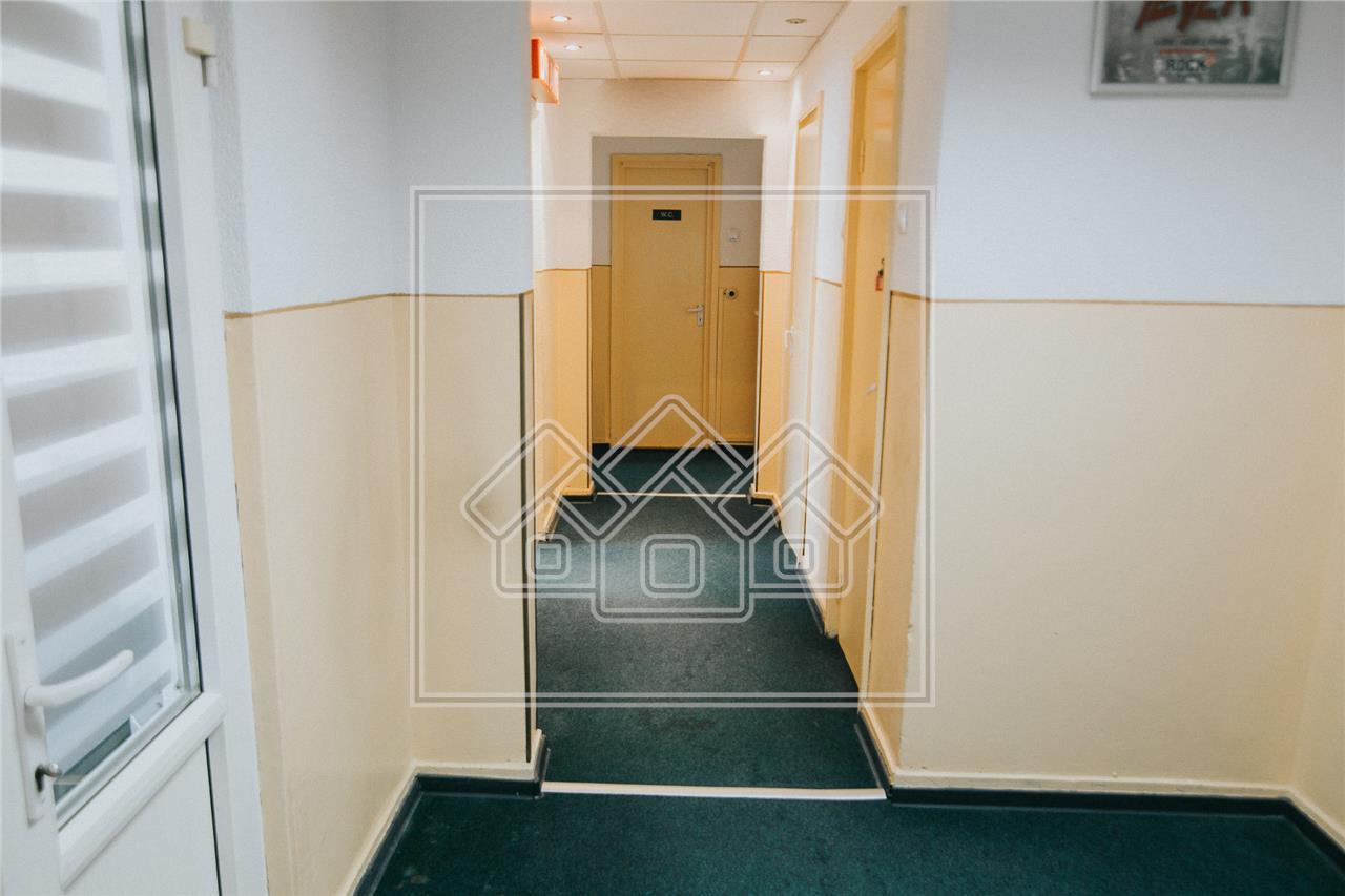 Apartament de inchiriat in Sibiu transformat in spatiu de birouri
