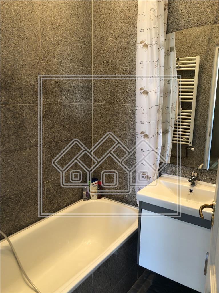 Apartament cu 3 camere de vanzare in Sibiu - zona Centrala