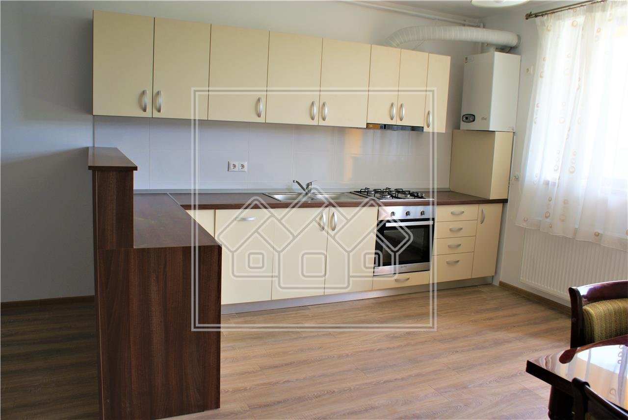 Apartament cu 3 camere de inchiriat in Sibiu - Nou - Piata Rahovei