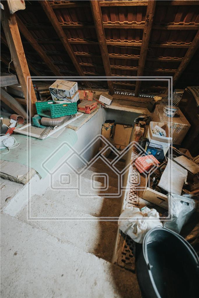Casa individuala de vanzare in Sibiu - Cisnadie - teren 1000 mp