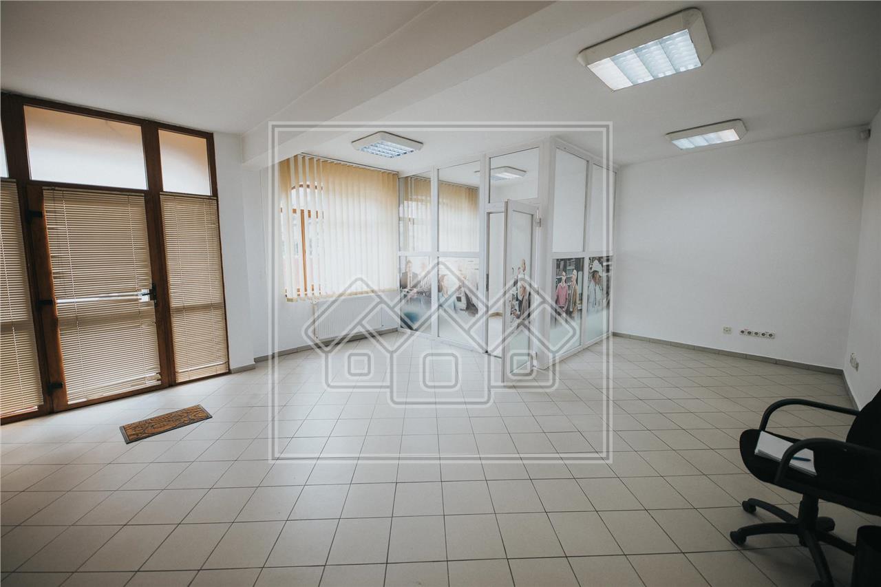 Spatiu Comercial de inchiriat in Sibiu - zona Centrala - cladire birou