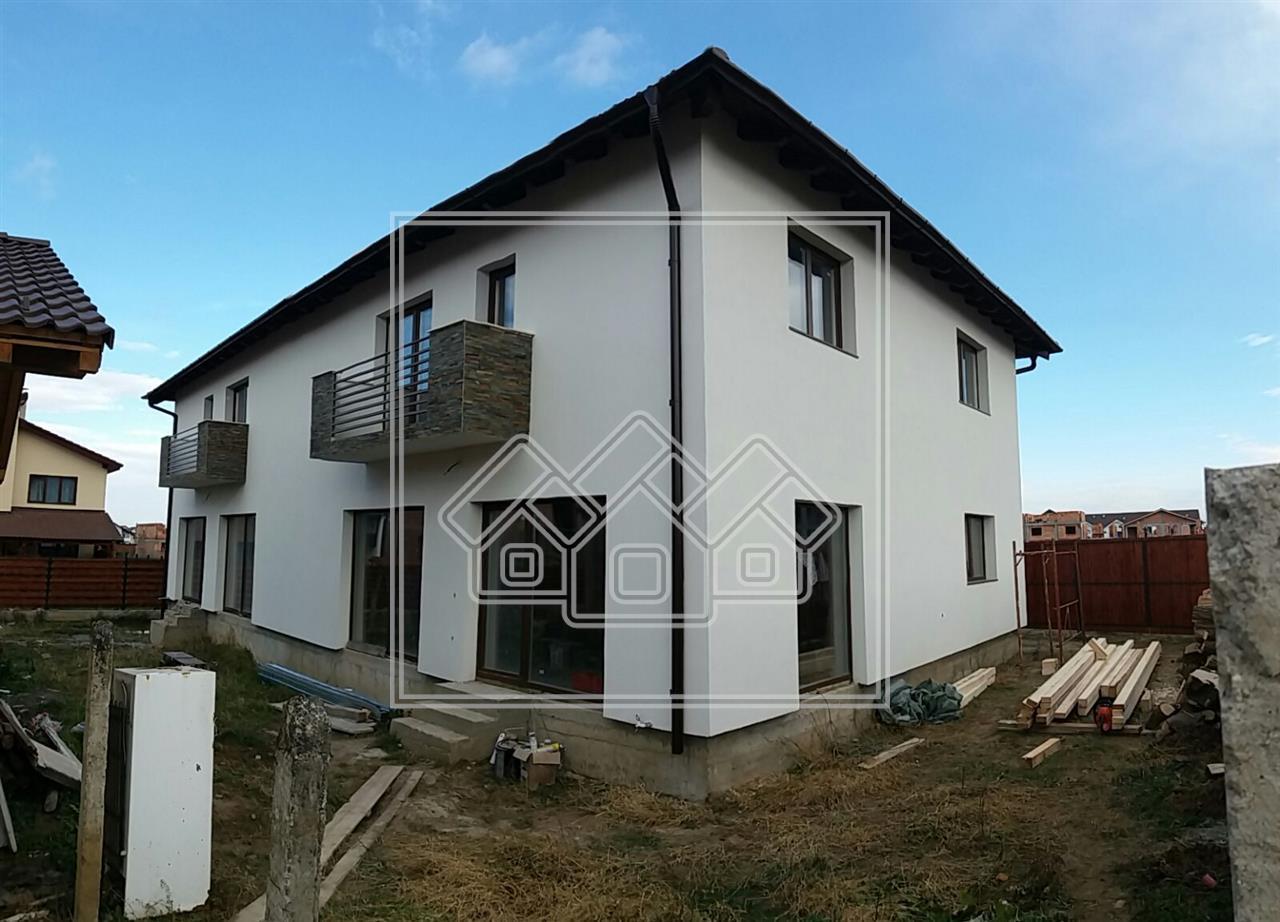 Casa de vanzare in Sibiu - tip duplex- zona Calea Cisnadiei