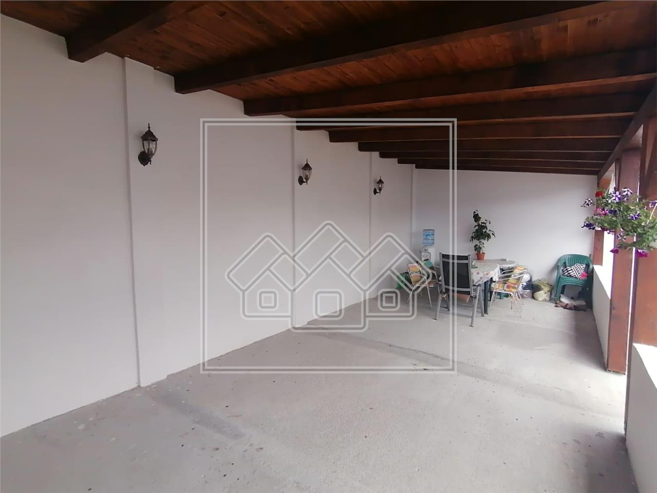 Casa de vanzare in Sibiu - 2 imobile - suprafata teren 2200 mp