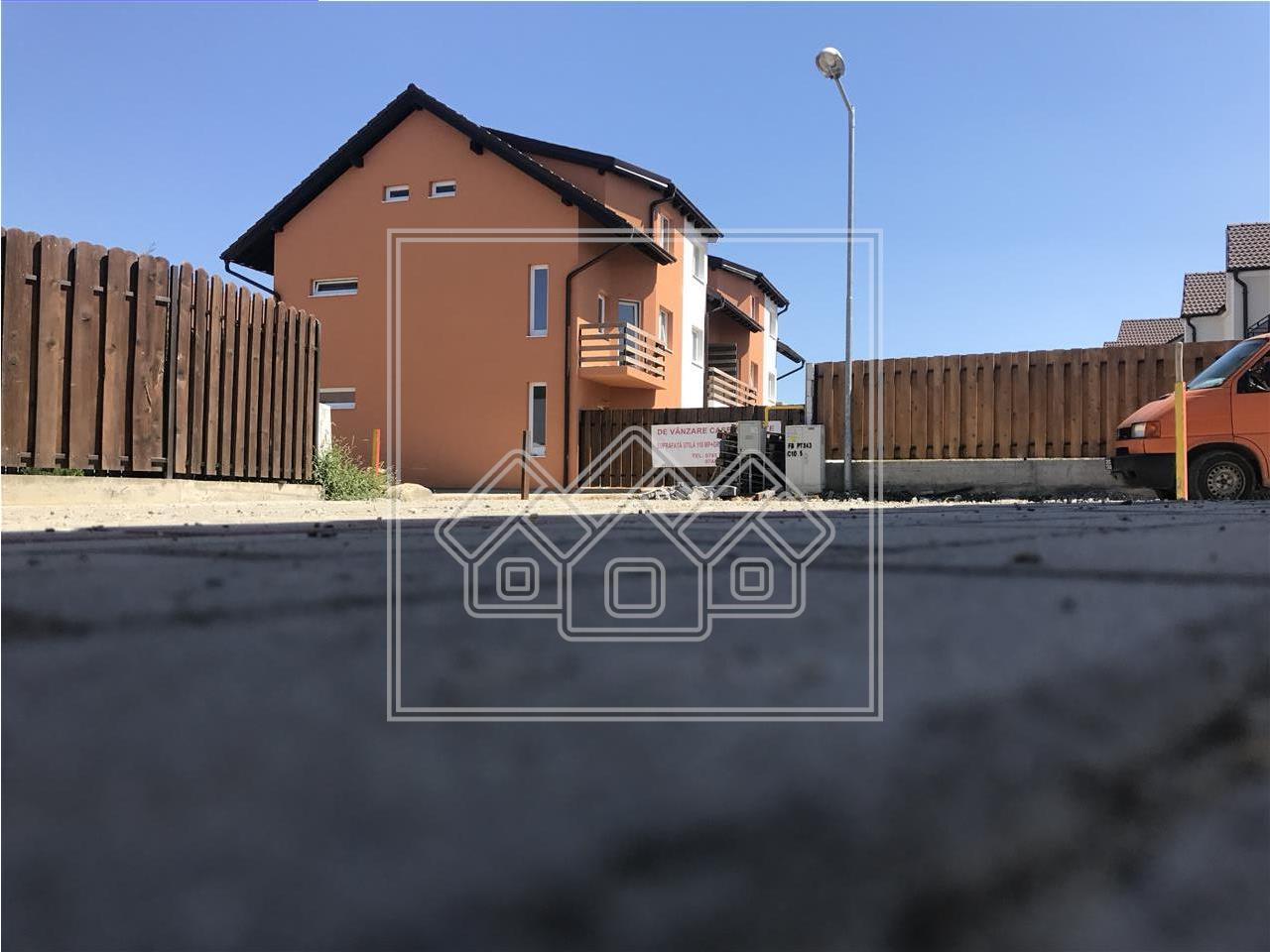 Casa de vanzare in Sibiu (P+E+M), intabulata, strada asfaltata