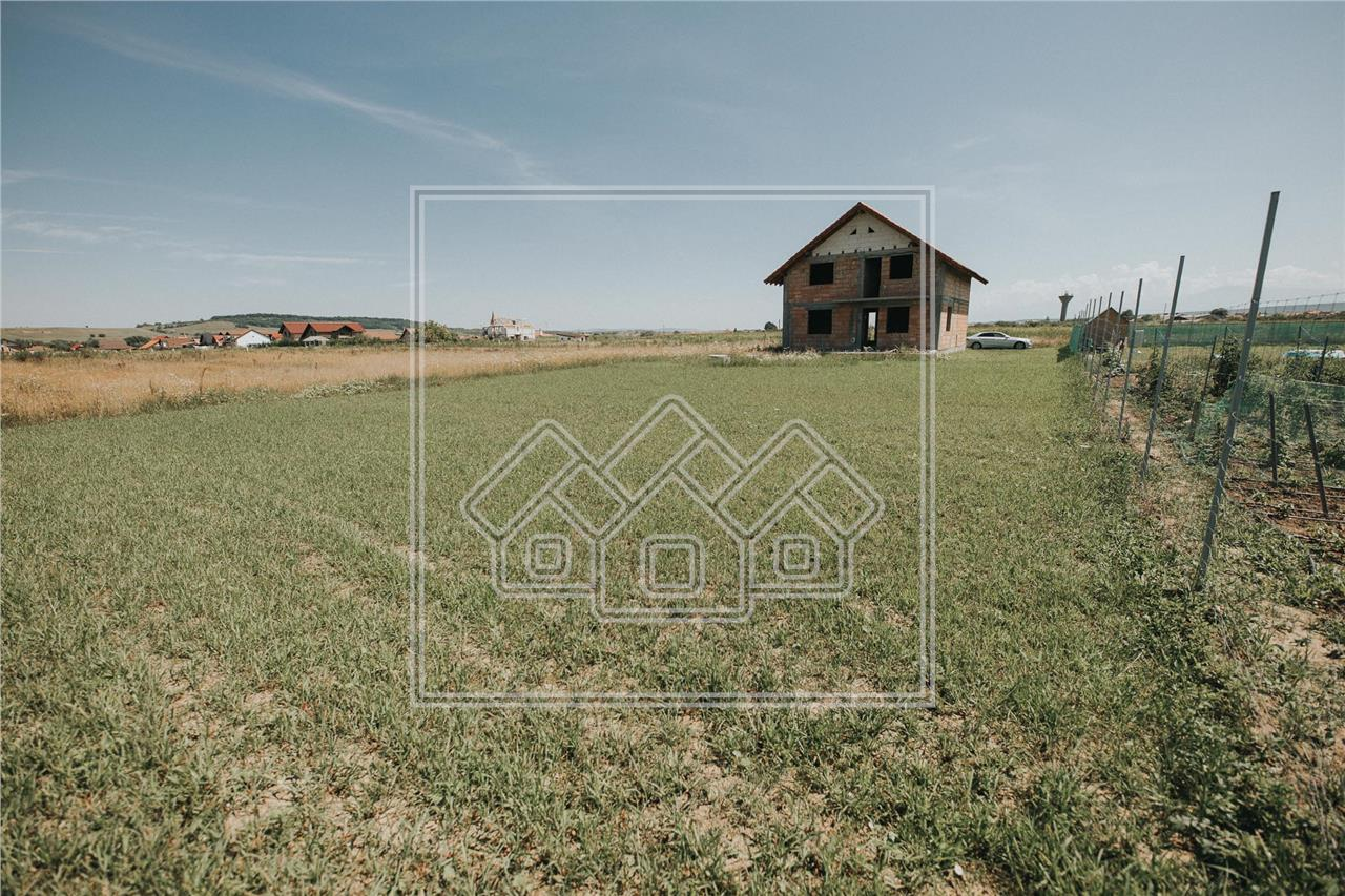 Casa individuala de vanzare in Sibiu - Cristian - la rosu