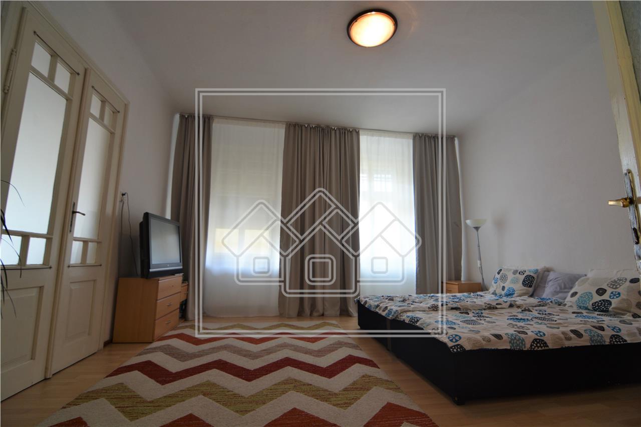 Casa de vanzare in Sibiu - Individuala cu 5 camere - Moara de Scoarta