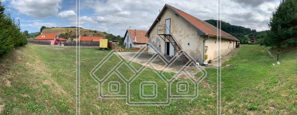 Spatiu industrial de vanzare in Sibiu - Talmaciu - Teren de 4000 mp