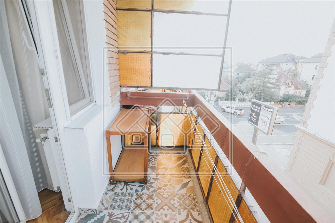 Apartament de inchiriat in Sibiu-4 camere si 2 balcoane-C. Dumbravii