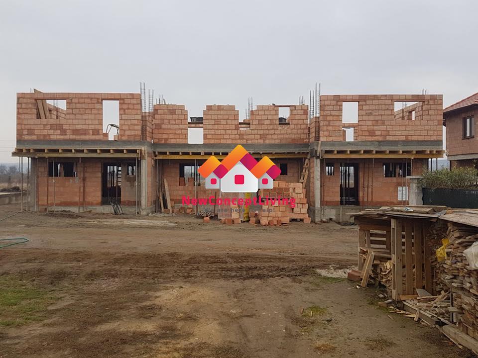 Casa de vanzare Sibiu -Triplex- curte proprie si design modern