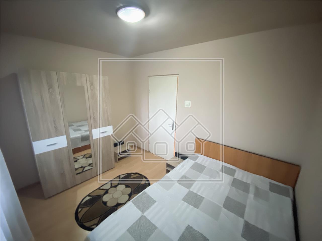 Apartament de inchiriat in Sibiu - decomandat - zona V.Aaron