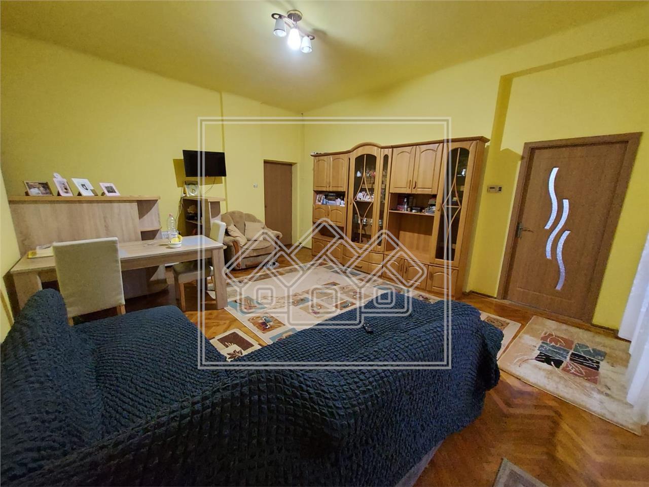 Casa de vanzare in Sibiu zona Trei Stejari teren 537mp