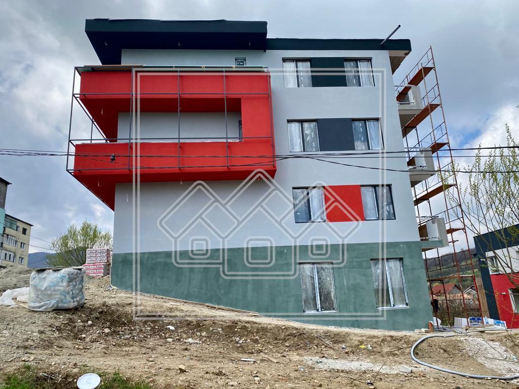 Spatiu de vanzare in Sibiu - 63 mp cu balcon - Cisnadie