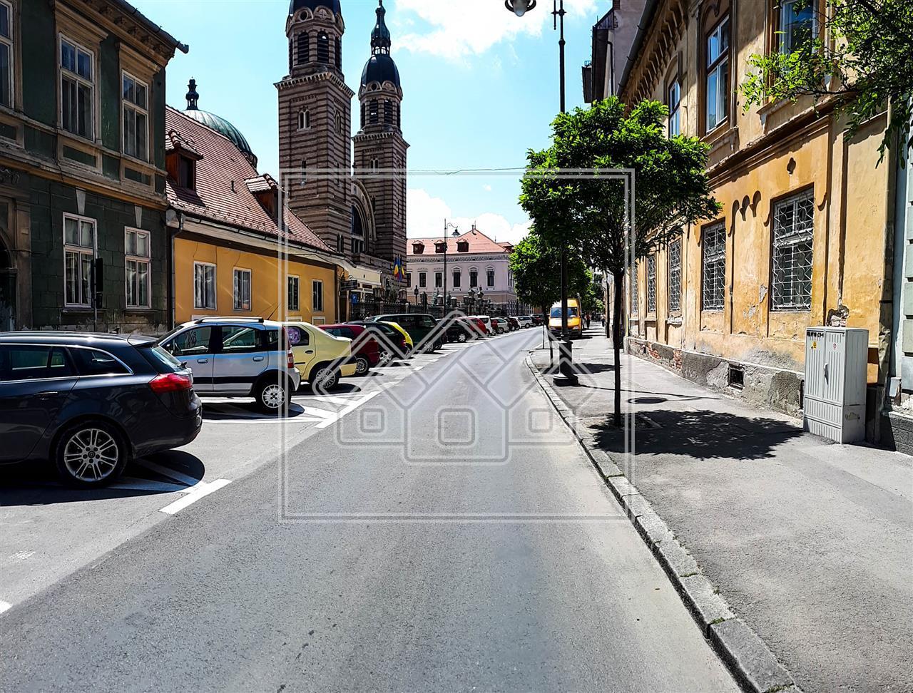 Spatiu Comercial/Apartament de vanzare Sibiu- Ultracentral-Mitropoliei